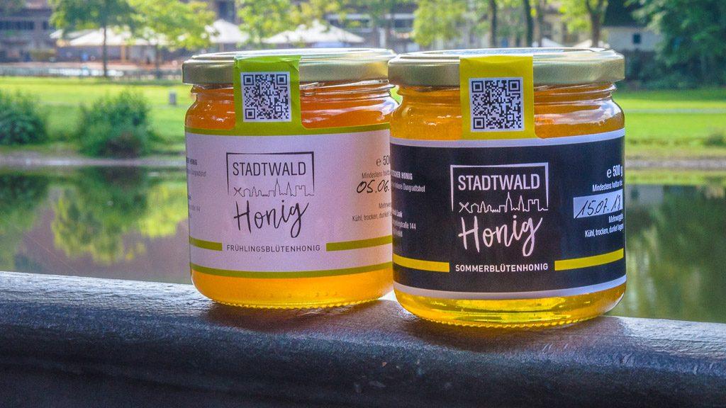 Honiggläser im Deußer Palast